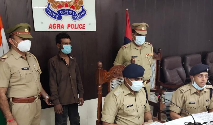 4 शादियां कर चुकी पत्नी को पांचवी बार हो गया था प्यार, बहस के दौरान महिला के प्रेमी ने पति का सिर सिलेंडर कूचकर की थी हत्या...बेटी ने खोला राज|आगरा,Agra - Dainik Bhaskar