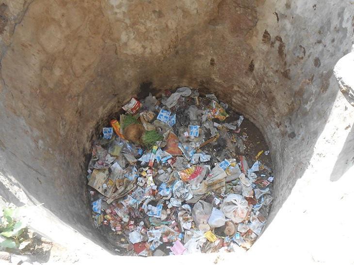 देखभाल के अभाव में हुए दुर्दशा का शिकार, 50 से ज्यादा गांवो में वर्तमान में परम्परागत जल स्त्रोत बेकार पड़े सवाई माधोपुर,Sawai Madhopur - Dainik Bhaskar