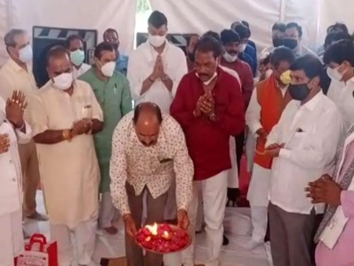 नंदा नगर में बनने वाले अस्पताल का भूमिपूजन कैलाश विजयवर्गीय ने किया। - Dainik Bhaskar