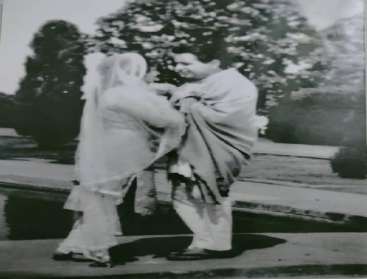 लीडर, मशाल, बैराग जैसी मुख्य फिल्मों के सेट पर हुई थी मुलाकात, मेरठ से था विशेष लगाव मेरठ,Meerut - Dainik Bhaskar