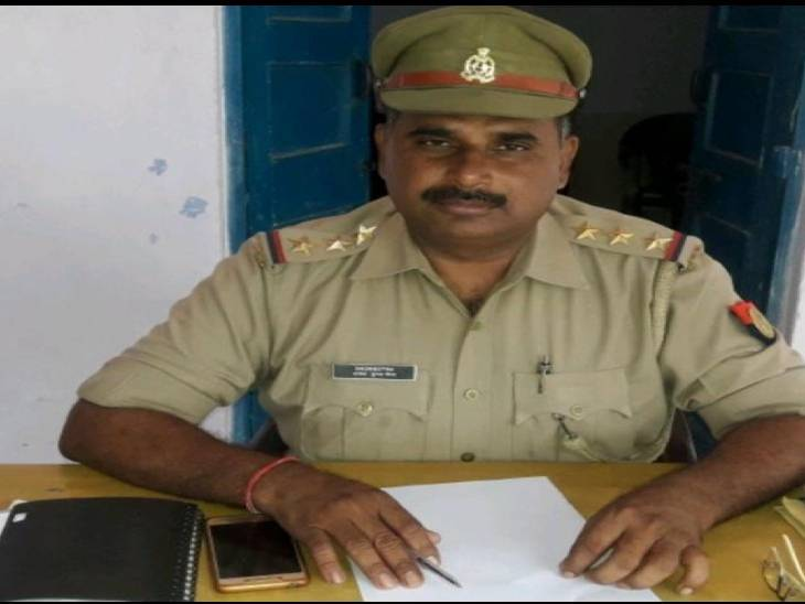 महिला सिपाही ने की थी आत्महत्या की कोशिश, इंस्पेक्टर पर लगाया था प्रताड़ना का आरोप; डीआईजी ने की कार्रवाई|आगरा,Agra - Dainik Bhaskar