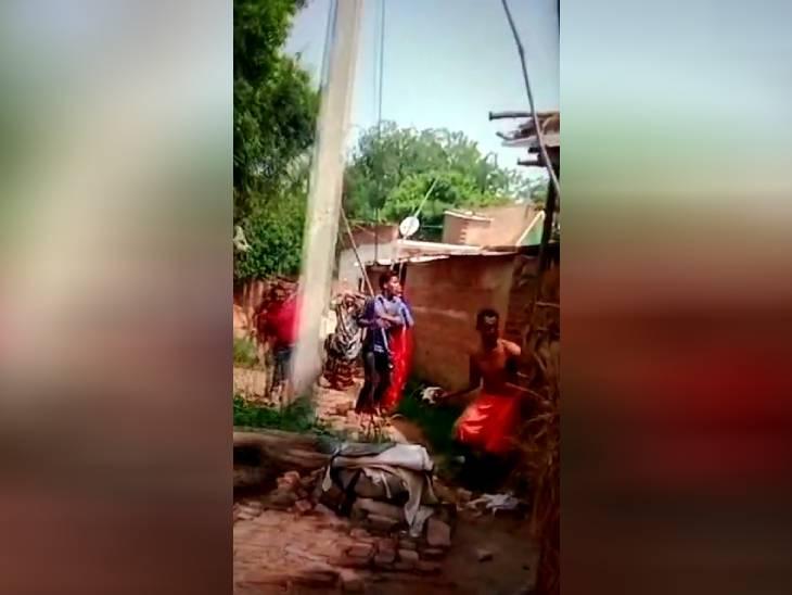 प्रयागराज में जमीन के लिए जमकर चले लाठी-डंडे, पीड़िता बोली- पूर्व प्रधान से मिलकर पुलिस ने कराया सुलह, अन्याय हुआ तो जान दे दूंगी|प्रयागराज,Prayagraj - Dainik Bhaskar