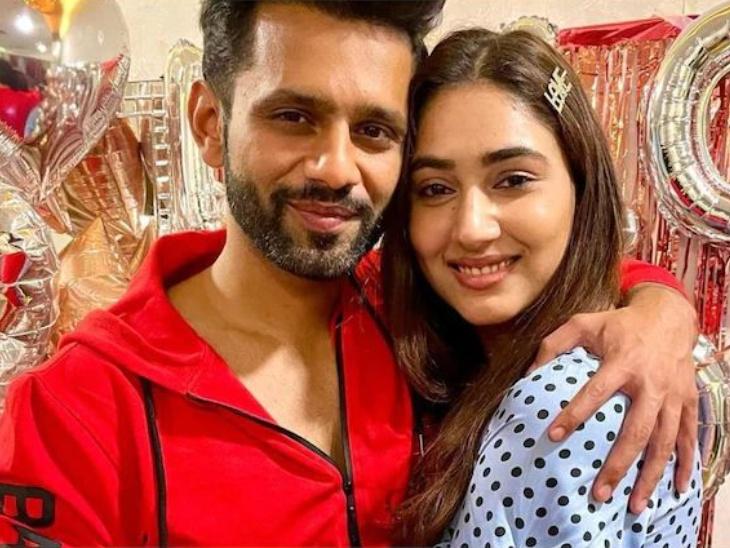 शुरू हुई राहुल वैद्य और दिशा परमार की शादी की तैयारियां, सिंगर ने शेयर किया प्री-वेडिंग सेलिब्रेशन का वीडियो|टीवी,TV - Dainik Bhaskar
