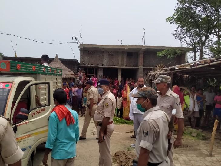 छपरा के गड़खा-चिरांद मुख्य मार्ग पर रोड एक्सीडेंट; तेज रफ्तार गाड़ी ने किशोर को रौंदा, मौत, 1 घायल|छपरा,Chhapra - Dainik Bhaskar