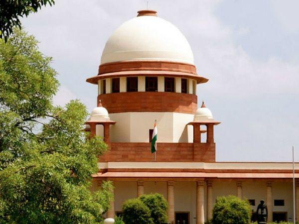 याचिका के अनुसार 2019 में सुप्रीम कोर्ट ने केंद्र और सभी राज्यों को सूचना आयोगों में खाली पड़े पदों को भरने का आदेश दिया था। - Dainik Bhaskar