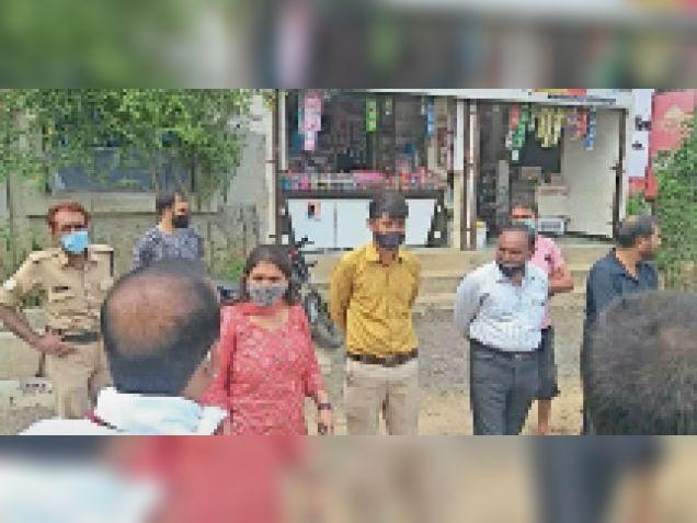 सहस्त्राब्दी नगर में पिछले दिनों एसडीएम ने किया था निरीक्षण। - Dainik Bhaskar