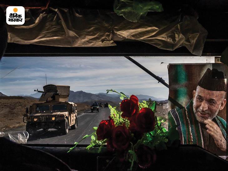 नवंबर 2013: काबुल को अफगानिस्तान के प्रमुख शहरों से जोड़ने वाले हाईवे नंबर 1 पर अमेरिका सैनिकों का बख्तरबंद पेट्रोल वाहन हमवी। फोटो: डेनियल बेरेहुलक