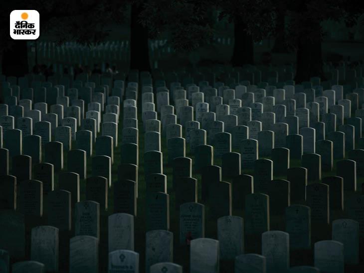 मई 2018: अमेरिका के वर्जिनिया प्रांत में अर्लिग्टन नेशनल सिमेट्री में अफगानिस्तान और इराक युद्ध में शहीद हुए कई सैनिकों को दफनाया गया है। फोटो: डेमन विंटर
