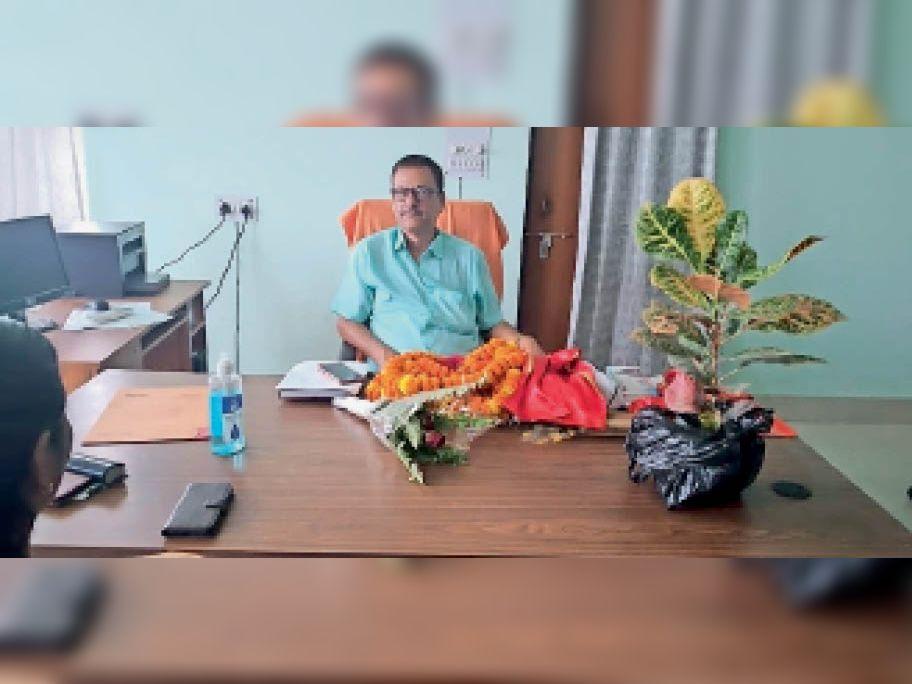 राजगीर डिग्री कालेज के नये प्राचार्य डा. अशोक कुमार। - Dainik Bhaskar