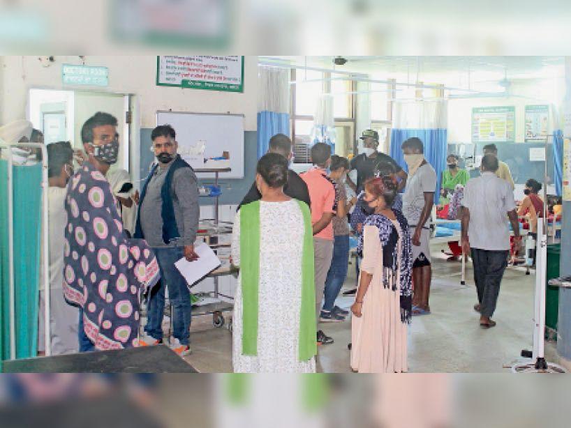 43डिग्री पारे, बिजली कट से बढ़ी उमस, आज राहत संभव, सिविल में घबराहट और सिरदर्द के 4 घंटे में 30 मरीज जालंधर,Jalandhar - Dainik Bhaskar