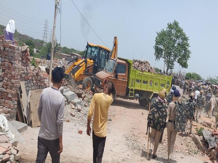 प्रशासन ने खोरी में मलबा हटाना शुरू किया, शुक्रवार से कार्रवाई शुरू करने के संकेत फरीदाबाद,Faridabad - Dainik Bhaskar