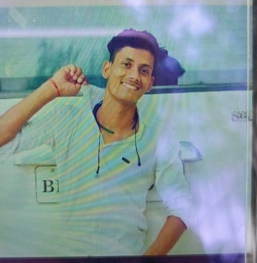 कॉल करके युवक को पहले घर से बुलाया बाहर, फिर अपराधियों ने मार दी गोली, मौके पर ही मौत बिहार,Bihar - Dainik Bhaskar