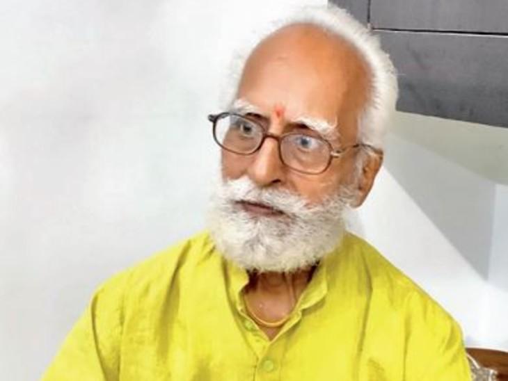 नंदलाल पंजवानी (81), 30 साल पहले आए थे - Dainik Bhaskar