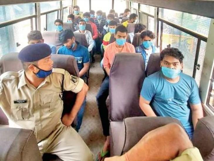 दुबई से लूडो, क्रिकेट और तीनपत्ती जैसे ऑनलाइन गेम में रोज 1 करोड़ रुपए का दांव, 18 एजेंट गिरफ्तार|रायपुर,Raipur - Dainik Bhaskar