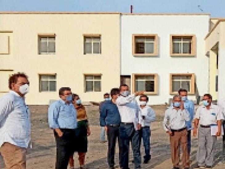 इंदौर संभागायुक्त डॉ. पवन शर्मा ने कहा कि कन्या शिक्षा आवासीय परिसर का काम दो माह में पूरा करें खरगोन,Khargone - Dainik Bhaskar
