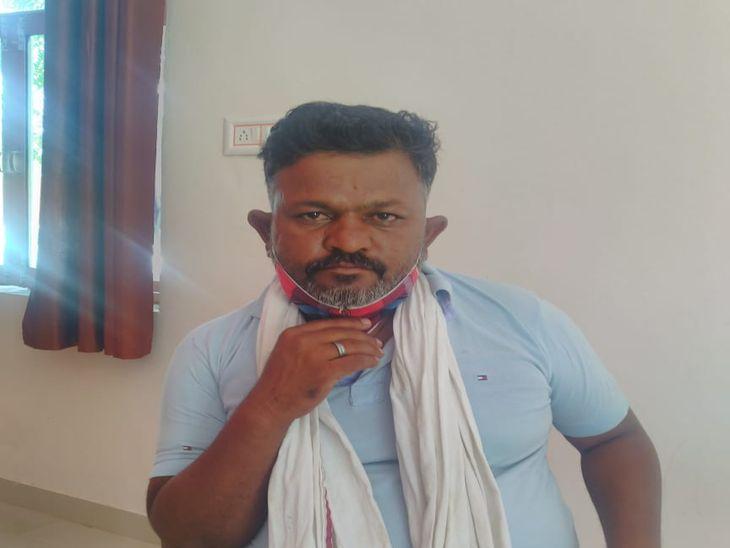 अजमेर डिस्कॉमका तकनीकी सहायक गिरफ्तार; 11 हजार रुपए की रिश्वत लेते रंगे हाथों पकड़ा, VCR नहीं भरने की एवज में मांगी थी|अजमेर,Ajmer - Dainik Bhaskar