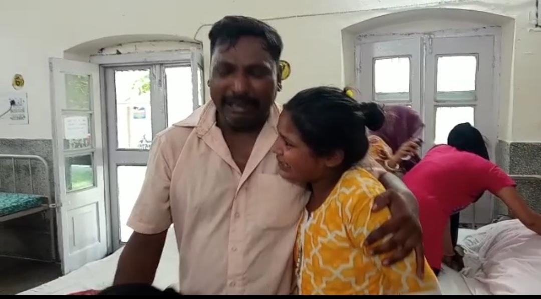 सहारनपुर के रेलवे हॉस्पिटल में इंजेक्शन लगने के थोड़ी देर बाद महिला की मौत, परिजनों ने किया प्रदर्शन...बिना कार्रवाई के परिजन घर ले गए शव|सहारनपुर,Saharanpur - Dainik Bhaskar