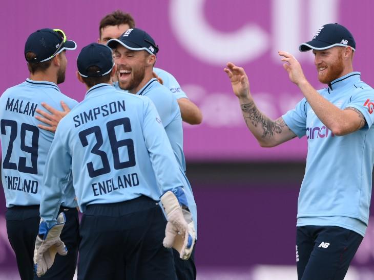महमूद के 4 विकेट से पाकिस्तान टीम 141 रन पर सिमटी, फिर क्राउली और मलान ने फिफ्टी लगाकर 9 विकेट से जिताया|क्रिकेट,Cricket - Dainik Bhaskar