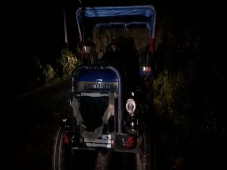 तेरहवीं संस्कार में शामिल होने जा रहे थे रिश्तेदार के घर, तेज रफ्तार बाइक ट्रैक्टर से टकरा गई|आगरा,Agra - Dainik Bhaskar