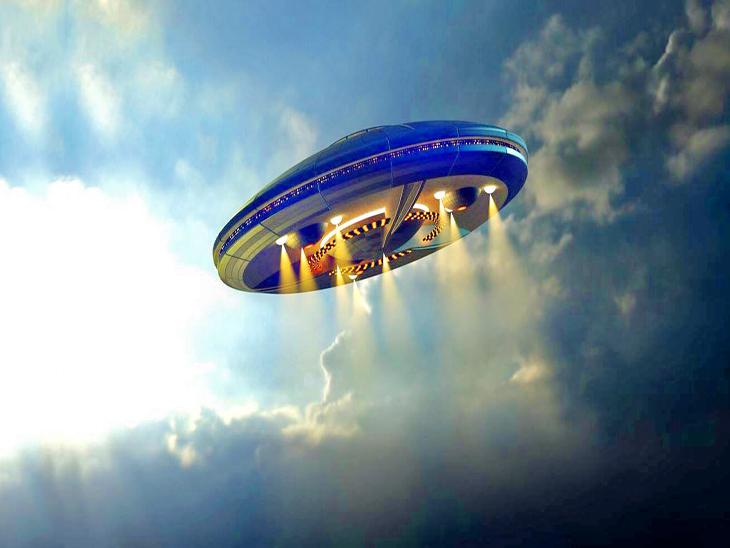 क्या वाकई में एलियन होते हैं और क्या है उड़नतश्तरियों का सच, डालें एक नज़र अहा जिंदगी,Aha Zindagi - Dainik Bhaskar