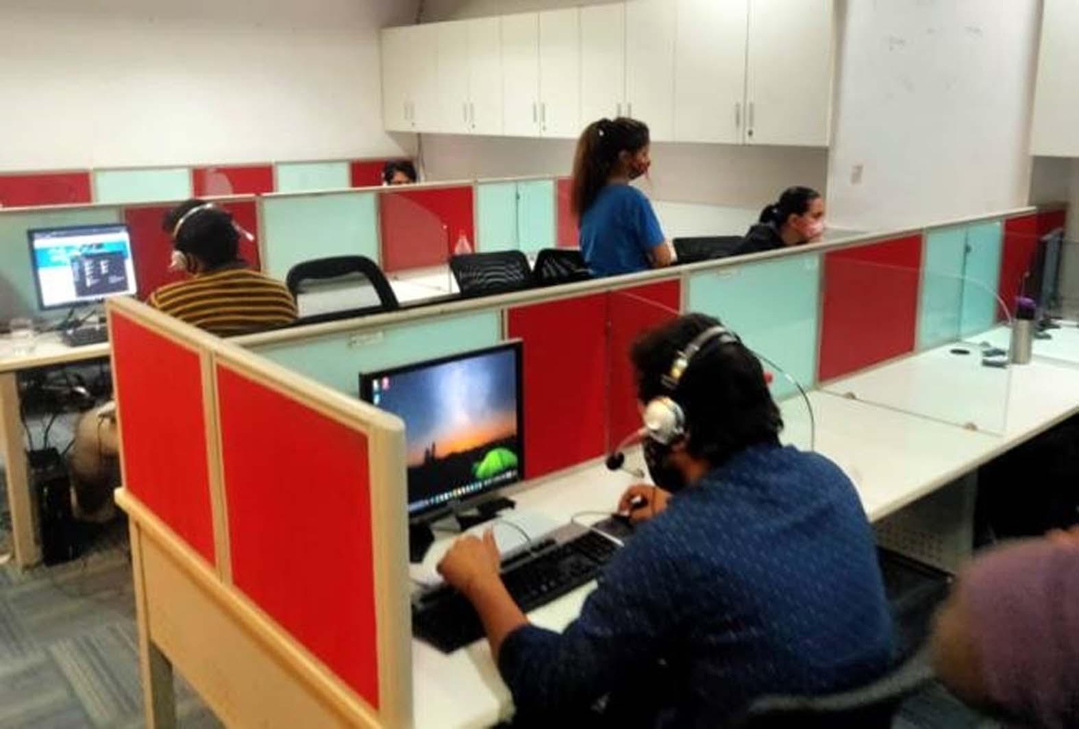 गुजराती ठग कॉल सेंटर के माध्यम से गुड़गांव में बैठकर लगा रहा था अमेरिकी नागरिकों को चूना|गुड़गांव,Gurgaon - Dainik Bhaskar