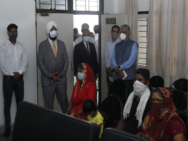 अप्रैल महीने के बाद डिस्ट्रिक्ट कोर्ट में आज लगी लोक अदालत;13 बेंचों ने किया करोड़ों के 1136 मामलों का निपटारा|चंडीगढ़,Chandigarh - Dainik Bhaskar