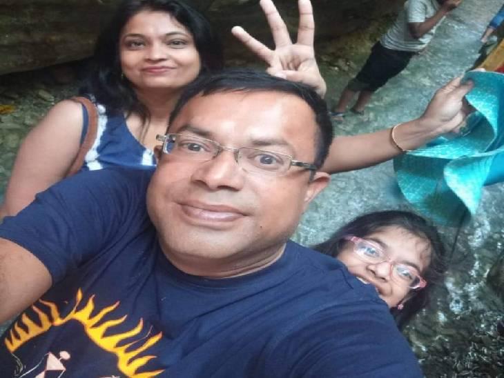 मौत से पहले 14 साल की अंजिशा पढ़ रही थी 'कौन रोएगा आपकी मृत्यु पर' नाम की किताब; जबलपुर में 5वीं मंजिल से गिरने से हुई थी मौत|जबलपुर,Jabalpur - Dainik Bhaskar