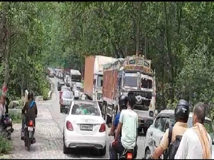 पंजाब, हरियाणा, दिल्ली और सहारनपुर के लोग पहुंच रहे उत्तराखंड, दिल्ली-देहरादून नेशनल हाईवे पर लगा 6 किलोमीटर लंबा जाम|सहारनपुर,Saharanpur - Dainik Bhaskar