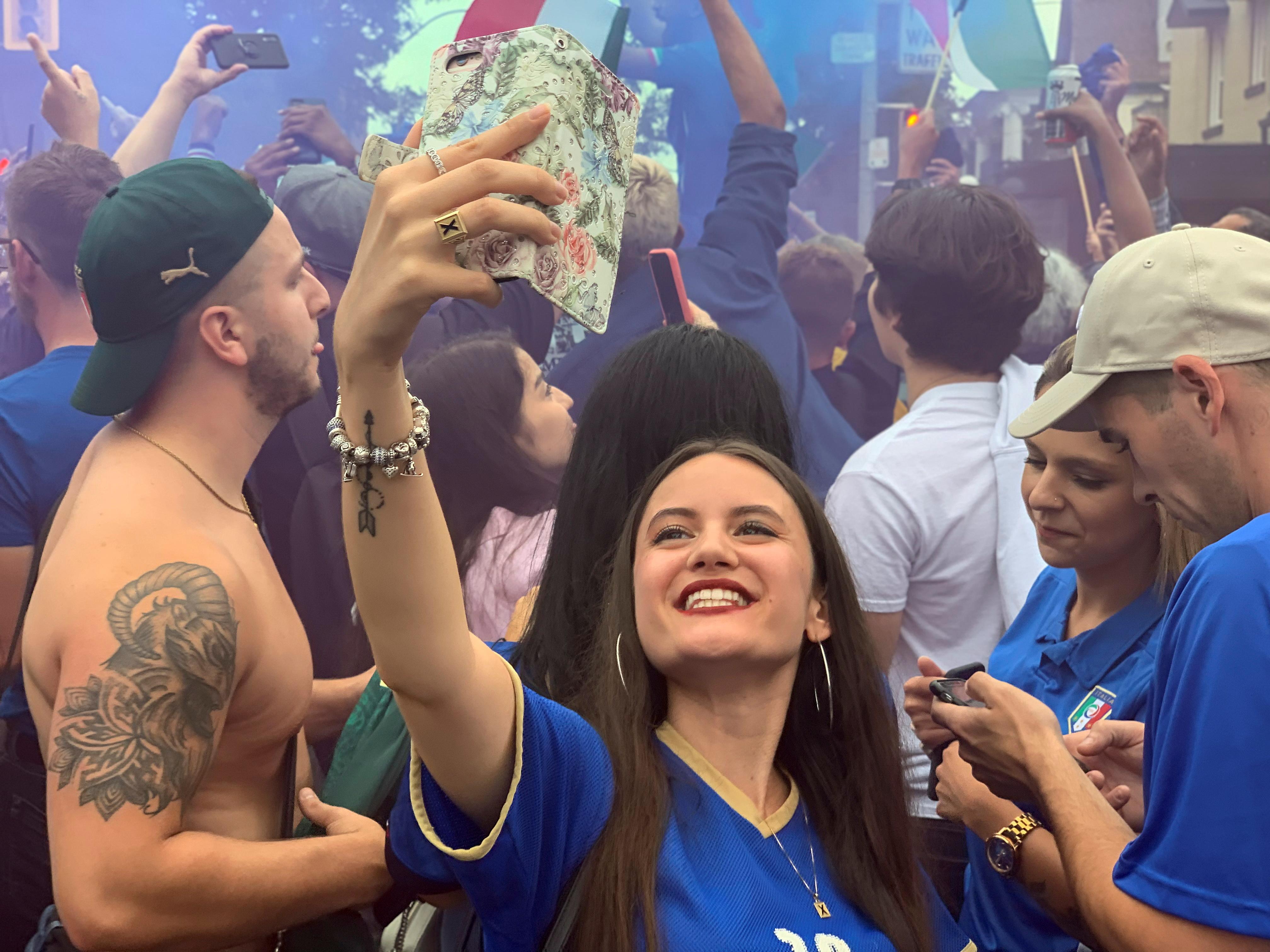कनाडा के टोरंटो शहर में भी इटली की जीत का जश्न शानदार तरीके से मनाया गया।