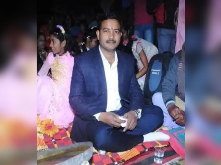 घर से दावत खाने निकला था युवक, सुबह नहर किनारे मिली लाश; सिर और चेहरा कूंचकर की गई हत्या|गोरखपुर,Gorakhpur - Dainik Bhaskar