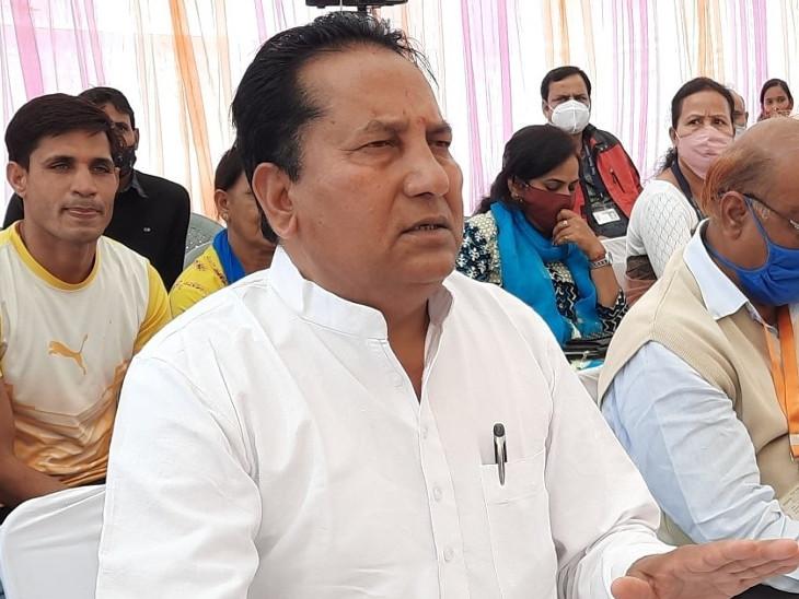 बाबूलाल नागर बोले- 150 सीटें आती, जमानत जब्त होने वालों को टिकट देकर 99 पर ला देने वाले नेता माफी मांगें, 90% MLA गहलोत के साथ इसलिए वे CM|जयपुर,Jaipur - Dainik Bhaskar