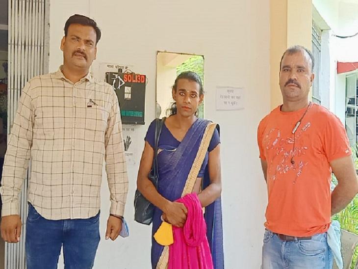 जेल प्रहरियों को चकमा देकर दुर्ग जिला अस्पताल से भाग निकली थी काजल। - Dainik Bhaskar