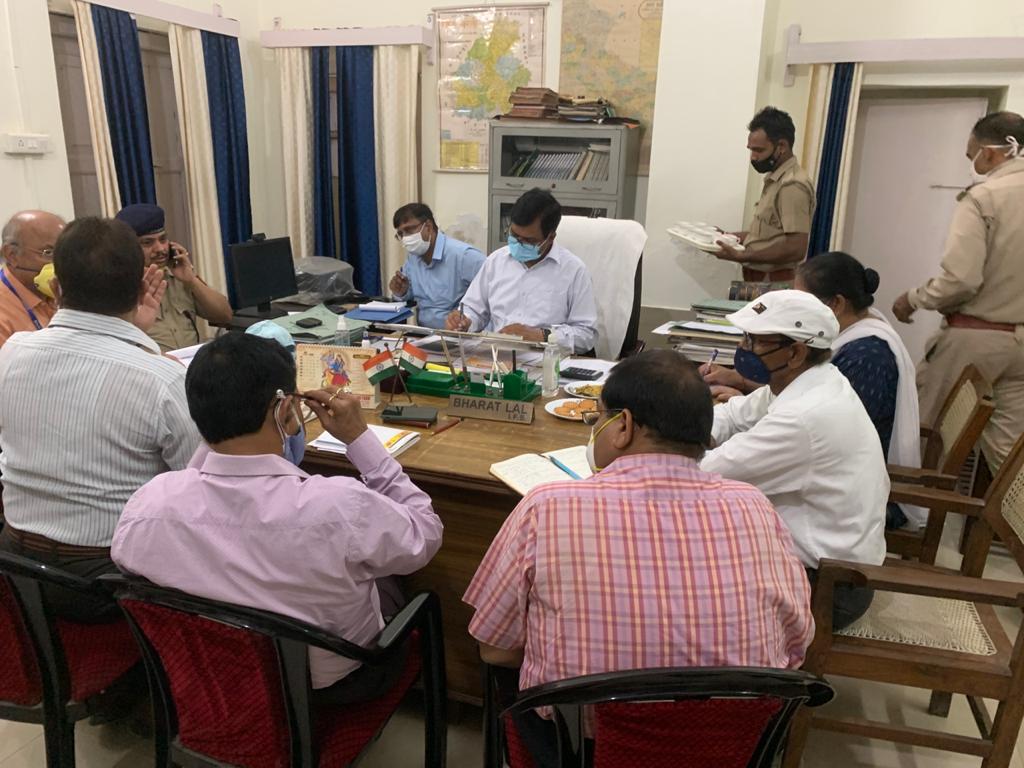 देश के 110 नगर ऐसे जहां प्रदूषण सामान्य से ज्यादा, इसमें बरेली भी शामिल, सीपीसीबी लखनऊ के डायरेक्टर ने लगाई फटकार|बरेली,Bareilly - Dainik Bhaskar