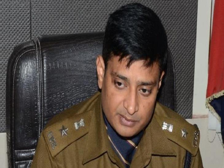 डासना फ्लाईओवर रोकी थी 5 व्यापारियों की कार, सैटलमेंट के नाम पर मांगे 20 हजार रुपए; इंकार पर संदिग्ध बदमाश बताकर ले गए थे थाने|उत्तरप्रदेश,Uttar Pradesh - Dainik Bhaskar