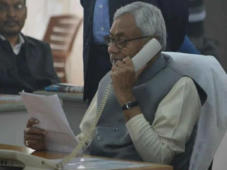 CM नीतीश लगा रहे जनता दरबार, उपेंद्र निकले कार्यकर्ताओं से मिलने, 2020 के बागियों को पार्टी में ला रहे ललन सिंह|बिहार,Bihar - Dainik Bhaskar