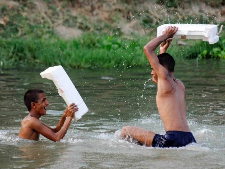 मौसम विभाग के अनुसार यूपी के फतेहपुर जिले में दिन में सबसे ज्यादा गर्मी रही।