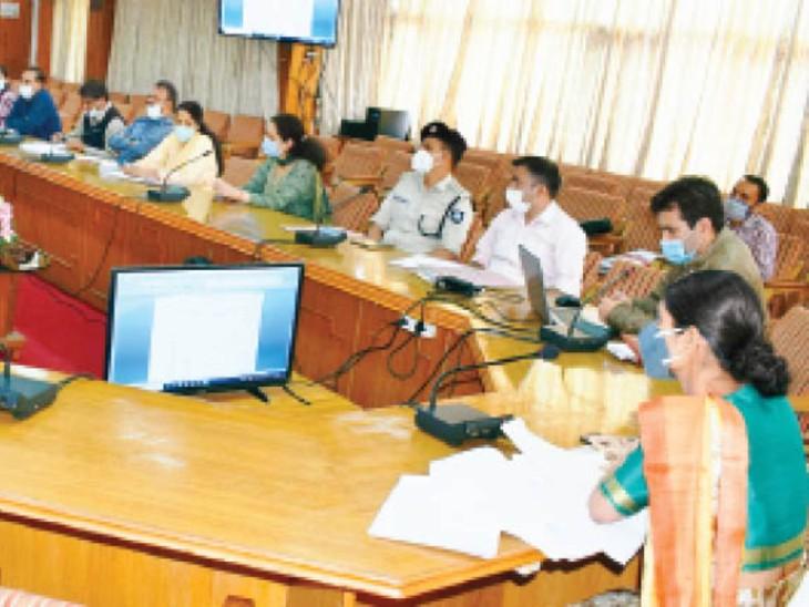 निगम और नगर पंचायताें के अधिकारी ठाेस कचरा प्रबंधन काे लेकर करें निरीक्षण:एडीसी|शिमला,Shimla - Dainik Bhaskar