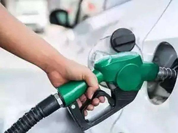 भोपाल में पेट्रोल 110 रुपए और डीजल 100 रुपए प्रति लीटर के करीब भोपाल,Bhopal - Dainik Bhaskar