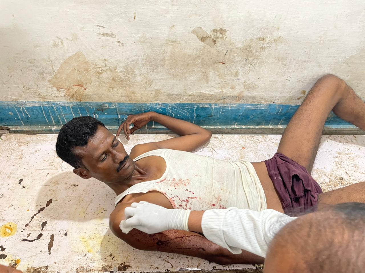 पवन के दांए हाथ में गोली लगी थी फिलहाल अभी पवन का उपचार चल रहा है। - Dainik Bhaskar