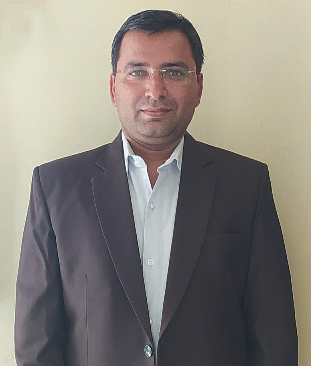मोतीराम जाट ने हासिल किया ओबीसी में 78वी रैंक। - Dainik Bhaskar