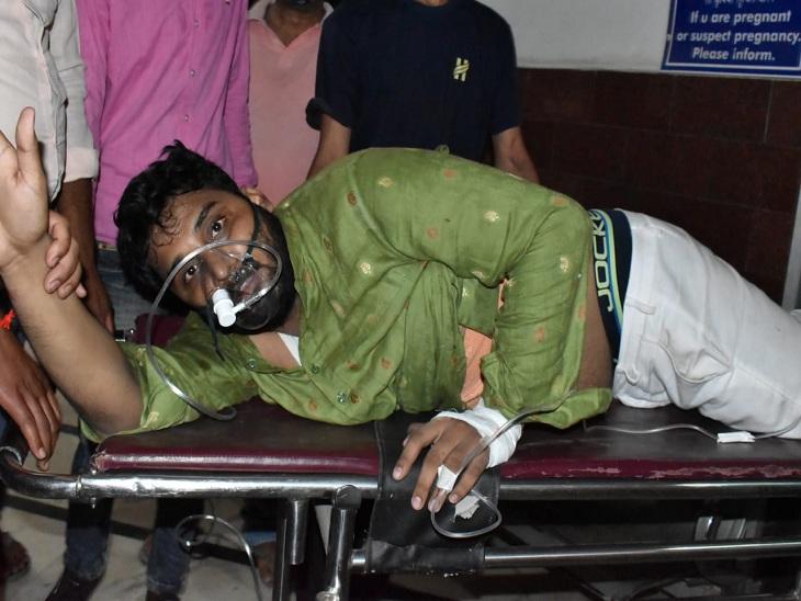 प्रधानमंत्री के वाराणसी दौरे से पहले हत्या और हत्या का प्रयास, बस में लगाई आग; एक भी आरोपी नहीं चढ़ा पुलिस के हत्थे|वाराणसी,Varanasi - Dainik Bhaskar
