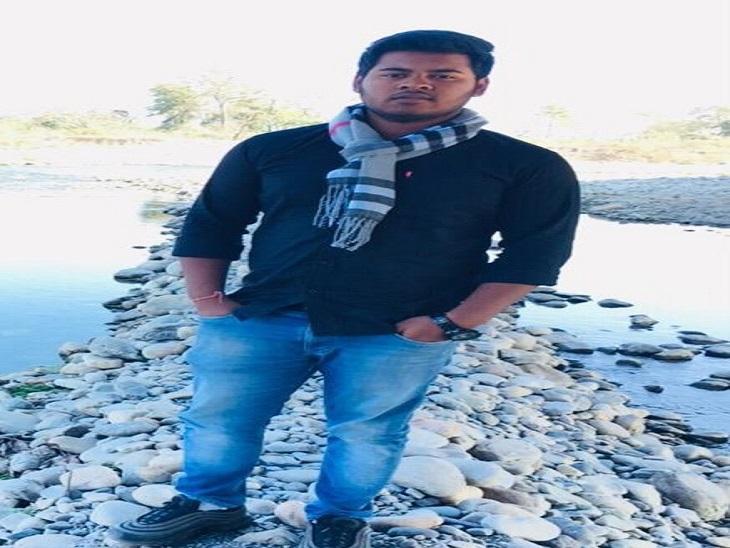 नेशनल हाईवे पर कार डिवाइडर से टकराकर पलटी, यू-ट्यूबर की मौत, दोस्त को खरोंच तक नहीं, मां ने जताई साजिश की आशंका|फरीदाबाद,Faridabad - Dainik Bhaskar