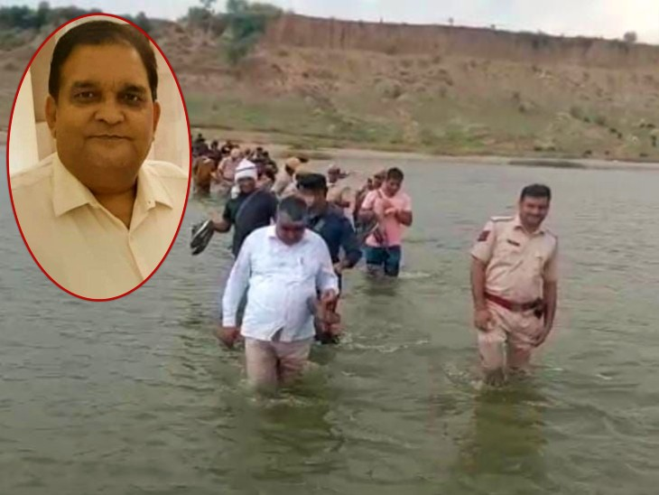 डॉक्टर की तलाश में आगरा और राजस्थान पुलिस मिलकर चंबल में कांबिंगकर रही है। (इनसेट में डॉक्टर उमाकांत गुप्ता ) - Dainik Bhaskar
