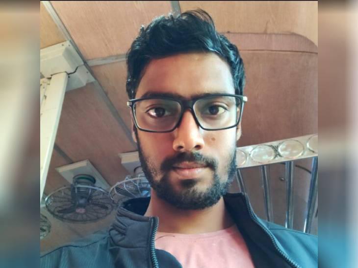 साथियों संग हनुमान मंदिर में पहले किया दर्शन, फिर नहाने के लिए पानी में गया; हो गया लापता- पुलिस ने चलाया रेस्क्यू ऑपरेशन मिर्जापुर,Mirzapur - Dainik Bhaskar