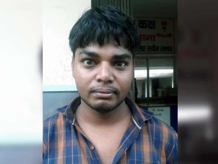 भुक्तभोगी सीएसपी संचालक विकास साव ने बताया कि वह बिरनी थाना क्षेत्र के जूठाआम का रहने वाला है और वहीं एसबीआई का ग्राहक सेवा केन्द्र चलाता है। - Dainik Bhaskar