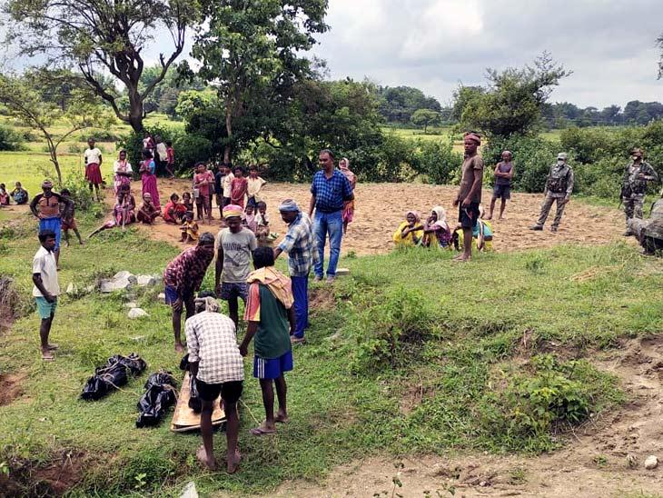 खूंटी में पति से विवाद के बाद बच्चों संग सुसाइड की आशंका, रात से महिला दोनों बच्चों के साथ घर से थी लापता|झारखंड,Jharkhand - Dainik Bhaskar