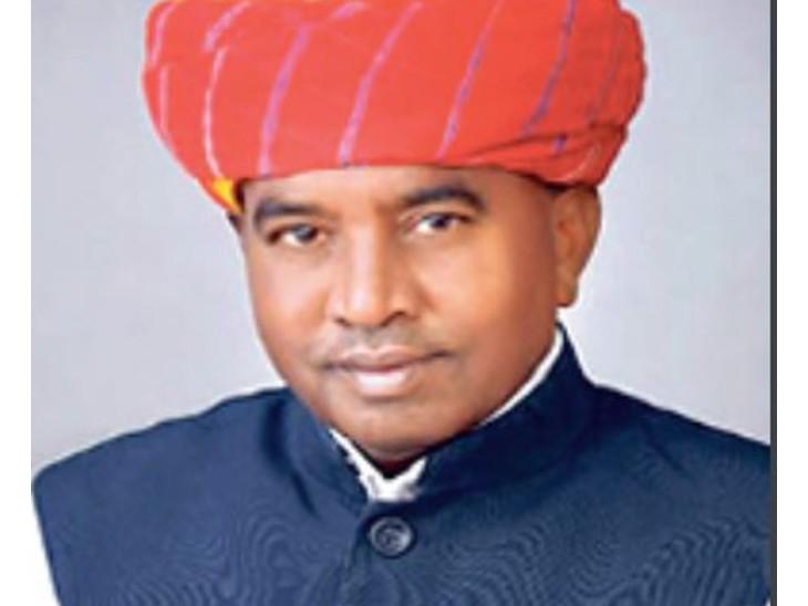 पत्नी की फर्जी मार्कशीट में सलूंबर विधायक को जेल भेजा, 2015 में 1068 विजयी प्रत्याशियों में से 98% फर्जी मार्कशीट वाले, गिरफ्तार दूर निलंबन तक नहीं|जयपुर,Jaipur - Dainik Bhaskar