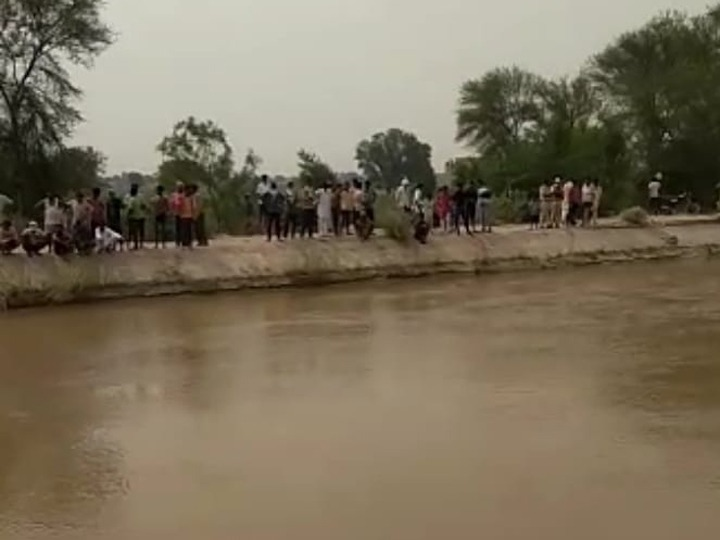 गश्त के दौरान जीप फिसलकर गिरी थी गंगनहरमें, गोताखोर कर रहे थे तलाश|श्रीगंंगानगर,Sriganganagar - Dainik Bhaskar
