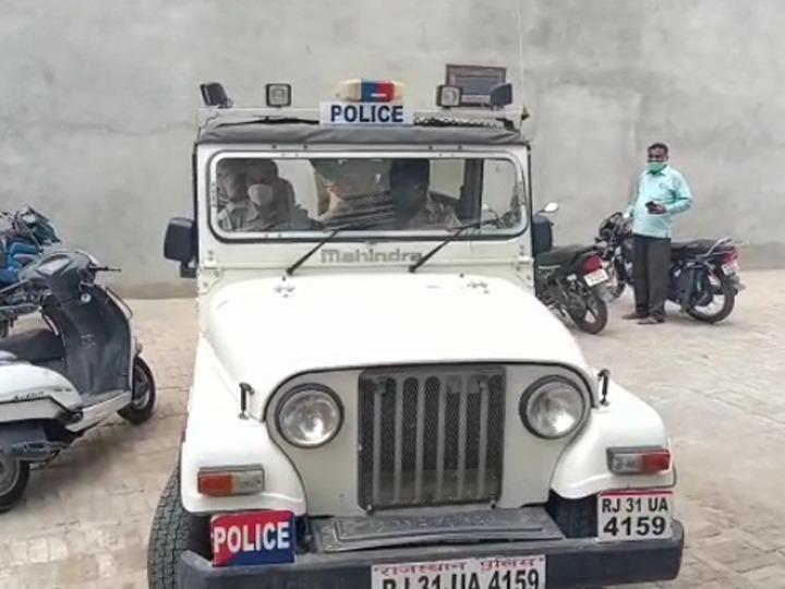 नोहर में वारदात के बाद मौके पर पहुंची पुलिस।