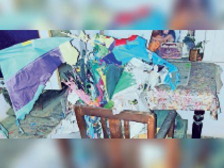 बूंदी. बिजली कड़कने से घर के अंदर रखी पतंगें जल गई। - Dainik Bhaskar